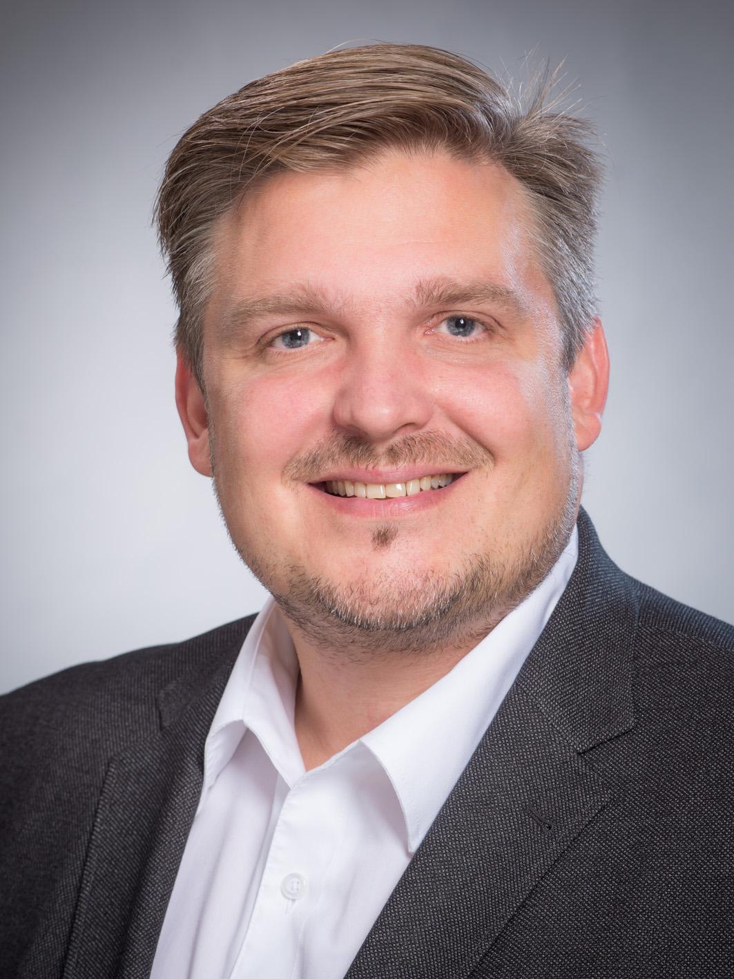 Dr.-Ing. Elmar Brügging
